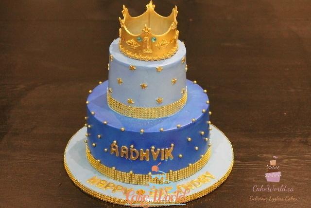 Delicious Crown Cake Decor